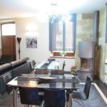 casa rural, Sierra de Prádena, salón, reuniones, mesa